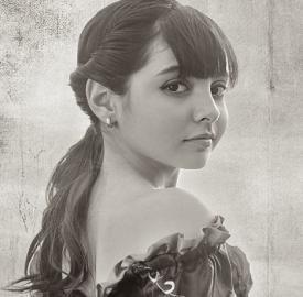 Lovie Stella