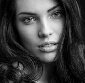 Ana Carolina Chick@