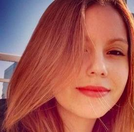Alice  Oliveira Rj