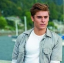 trailer film The Awkward Moment zac efron nudo