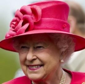 Gran bretagna la regina elisabetta firma a favore dei gay for Quanto costa la corona della regina elisabetta