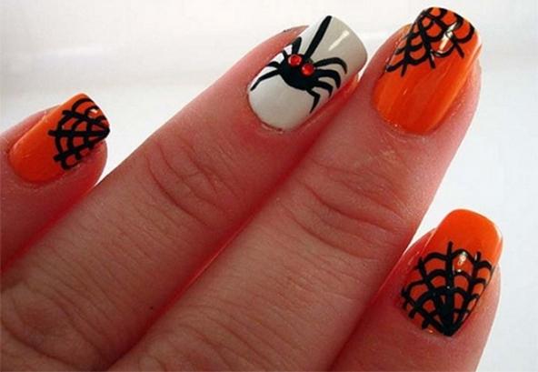 Nail art Halloween 2014: idee e colori