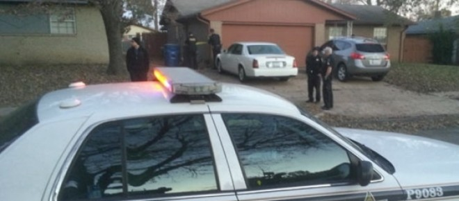 La polizia di Tulsa interviene sul posto