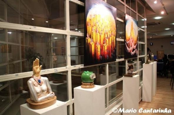 Obras de Isabel Meyrelles e de Santiago Ribeiro