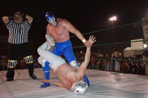 Blue Demon y su eterno rival El Santo
