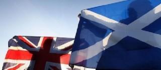 Bandiera Inglese(A sinistra) e Scozzese( A destra)