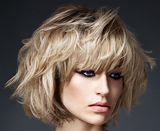 Moda capelli 2015: tagli lunghezza media e mossi, tendenze ...