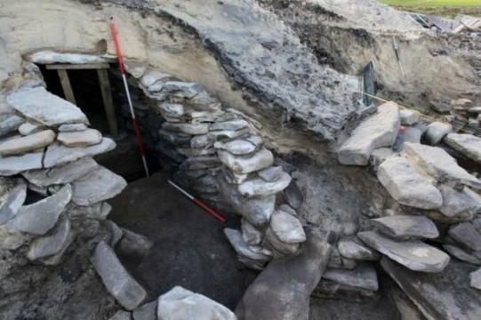 Antiguos Baños Judíos:Una especie de sauna de la Edad del Bronce es encontrada en Escocia