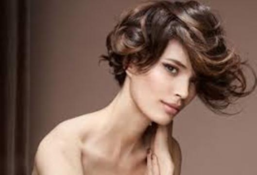 Tagli capelli corti e lunghi: ecco i tagli più alla moda ...