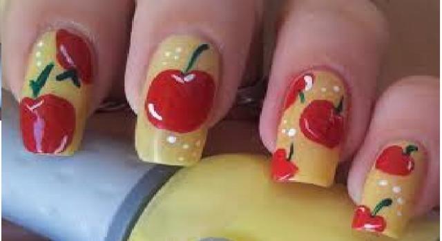 Nuove nail art, come realizzare delle manicure perfette e tendenze per