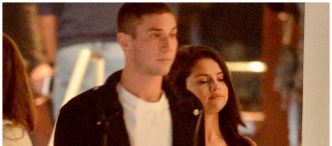 Selena Gomez, Samuel Krost Hold Hands on Date ... - Us Weekly