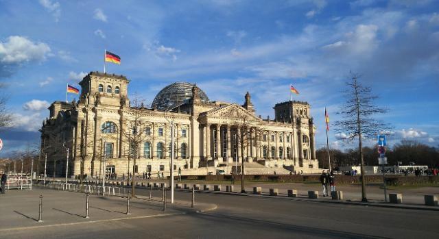 polnischer abgeordneter sieht wegen k ln deutschland in der pflicht. Black Bedroom Furniture Sets. Home Design Ideas