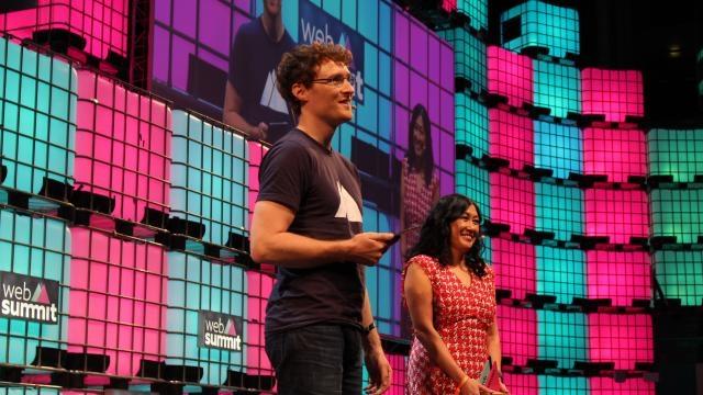 Paddy Cosgrave (Fundador e CEO do Web Summit) e Theresia Gouw (Founding Partner, Aspect Ventures)