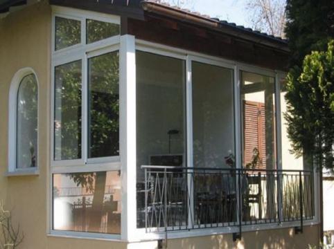 Verande in alluminio per balconi