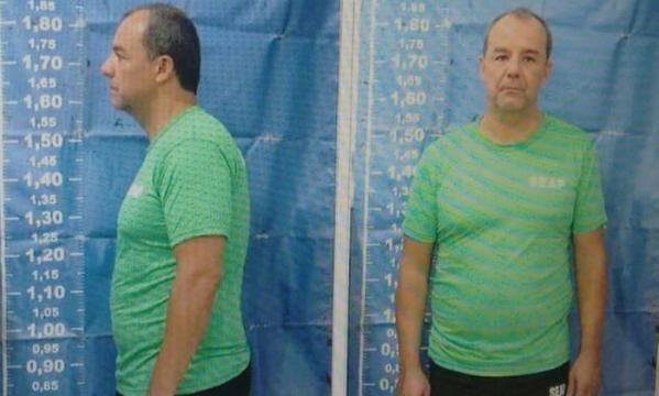 O ex-governador do Rio teve que raspar seu cabelo para entrar no complexo