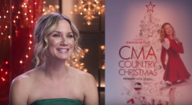 Cma country christmas 2016 live stream online tv time for Best country christmas songs of all time