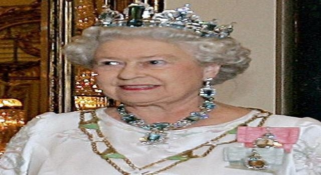 Regno unito la regina elisabetta compie 90 anni ma non for La regina elisabetta 2