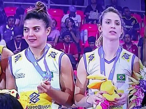 Indefinição sobre quem será a líbero titular da seleção brasileira no Rio-2016 (reprodução Sportv)
