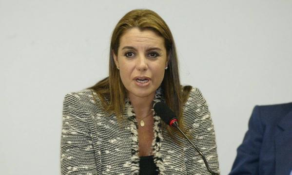 Maria Christina Mendes Caldeira fugiu para os Estados Unidos, já que mesma afirma que sofreu ameaças.
