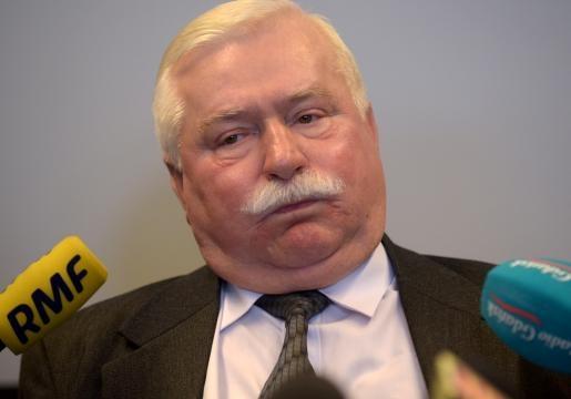Wałęsa nie dostał zaproszenia na bal. Co się stało? (fot. se.pl)