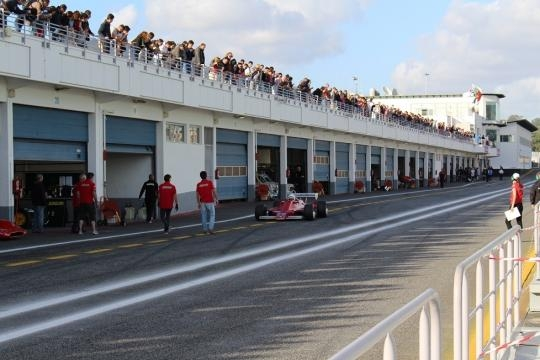 Muito público no Paddock do Autódromo do Estoril
