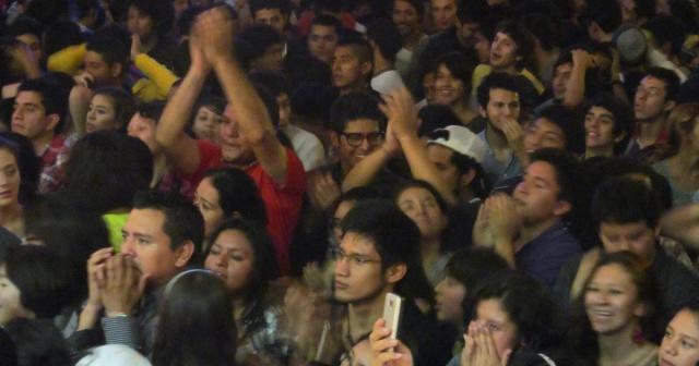 Clark-Nova: Los Aguas Aguas en la FILU arrasan y los jóvenes se ... - blogspot.com
