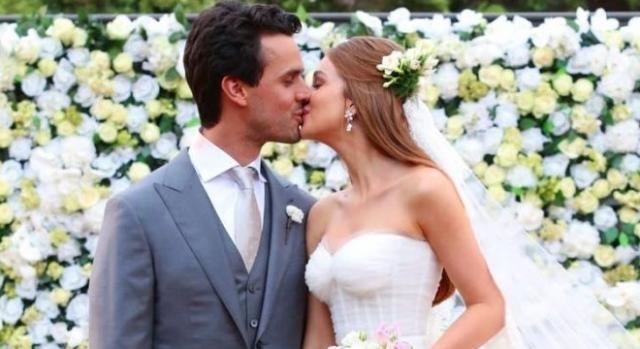 Foto de beijo de Mariana Ruy Barbosa e Xande Negrão teve mais de 1,3 milhão de visualizações no Instagram