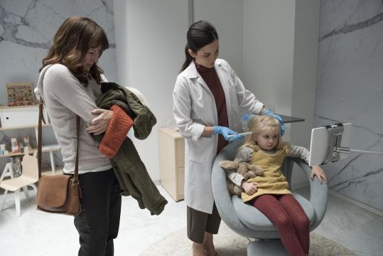 NArkangel: Rosemarie DeWitt estrela o episódio dirigido por Jodie Foster - Foto: Divulgação/Netflix