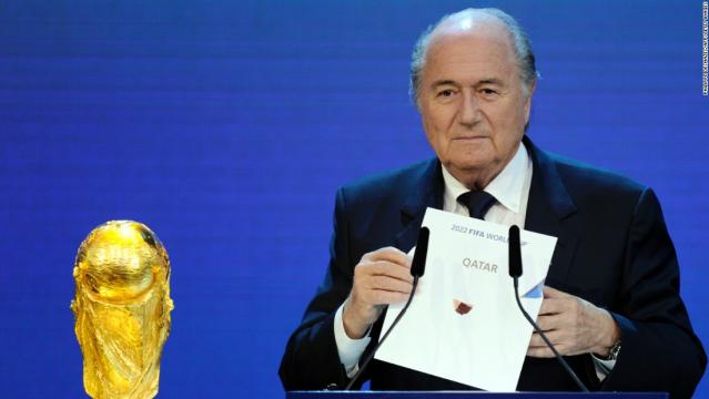 Blatter nega a acusação e classifica como