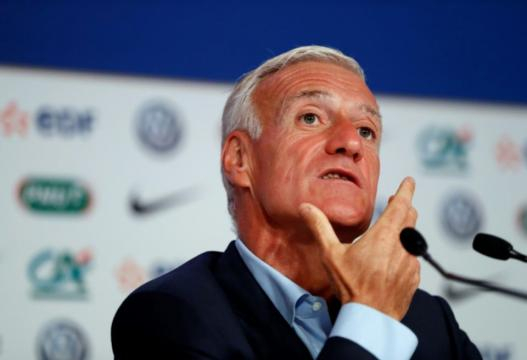 Didier Deschamps risque de ne pas avoir apprécié les propose de Benzema (Kovarik /AFP).