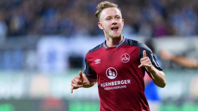 Stürmer Teuchert verlässt den 1. FC Nürnberg - Saison 2017/18 ... - bild.de