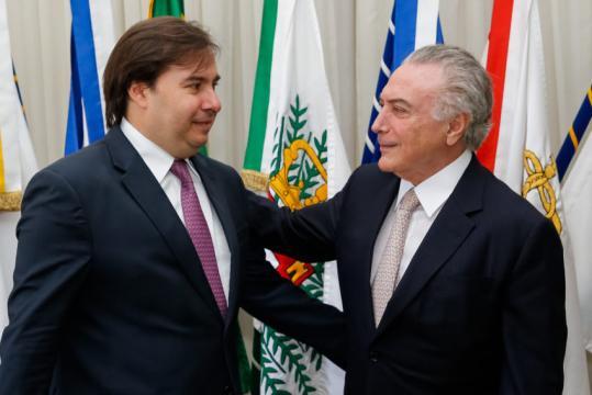 Frente poderia ter PMDB e PSDB.