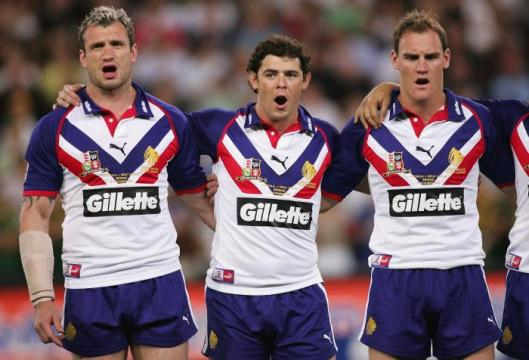 Jamie Peacock, Paul Wellens and Gareth Ellis of Great Britain in 2006. Image Source: talkSPORT