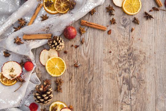 Decoración con frutos de otoño en Navidad