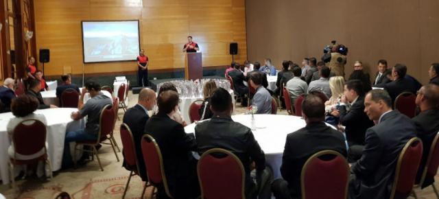 Programa social reúne 100 diretores dos presídios de Minas Gerais