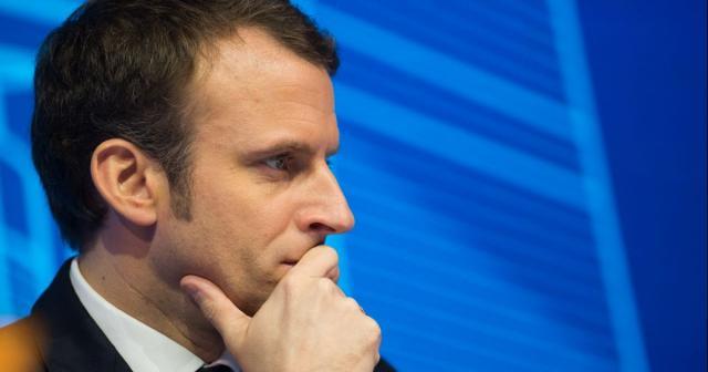 Emmanuel Macron aurait critiqué la qualité du service public audiovisuel.- ozap.com