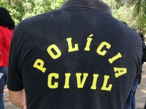 Entre os manifestantes estavam agentes policiais, funcionários da Saúde e do Sistema Judiciário, além de aposentados