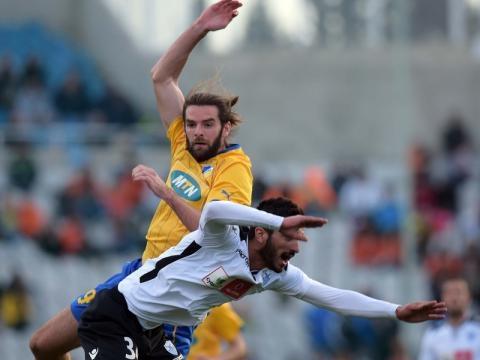 Cillian Sheridan występował w przeszłości w APOEL-u Nikozja.