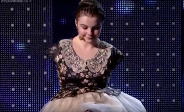 Cine este Lorelai Moșneguțu - Al treilea Golden Buzz de la Românii ... - huff.ro