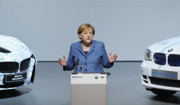 Angela Merkel Photos Photos - BMW To Produce Electric Cars In ... - zimbio.com