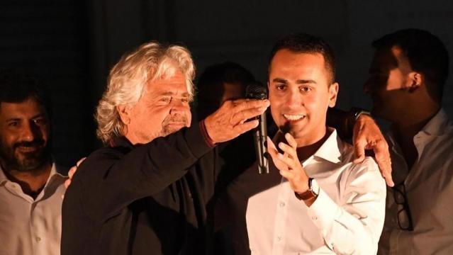 """Grillo a Nettuno: """"Il sistema contro di noi. Raggi va avanti"""". Di ... - lastampa.it"""