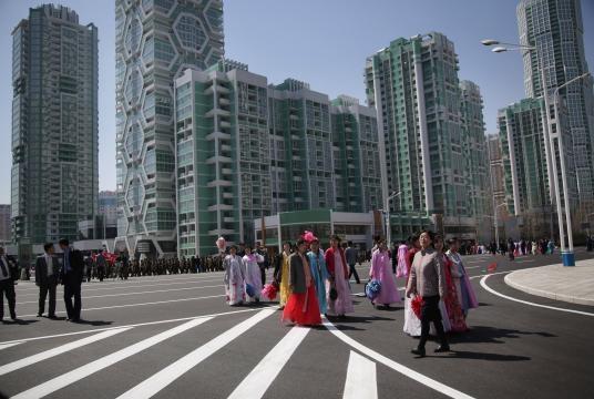 Nuovi quartieri a Pyongyang- Credit Wong Maye-Associated Press