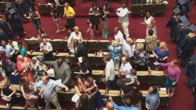 Fight breaks out at Tennessee high school graduation inside a church - Photo: Blasting News Library - ABC News - go.com