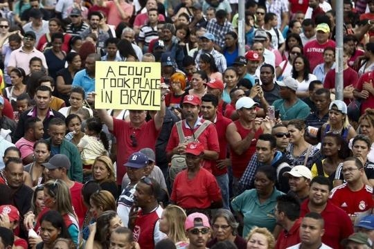 Protestan en Brasil contra presidente interino Michel Temer - prensalibre.com