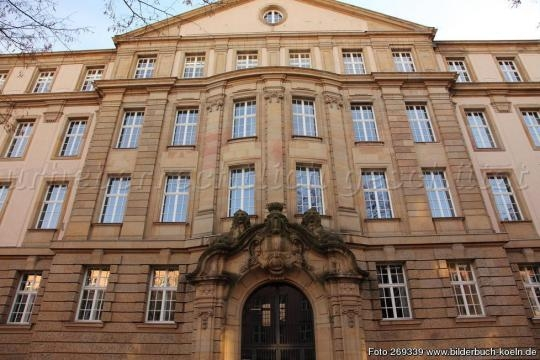 Bilderbuch Köln - Blumenthalstraße, Oberlandesgericht Köln - bilderbuch-koeln.de