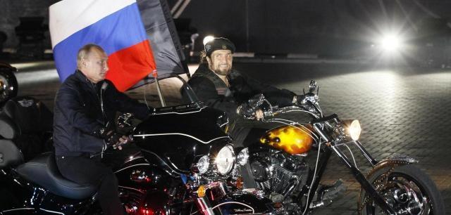 Russland: Ein Besuch bei Putins martialischer Biker-Gang - WELT - welt.de
