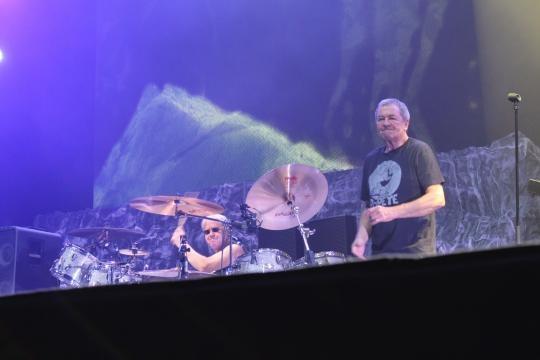 Ian Paice na bateria e Ian Gillian na voz