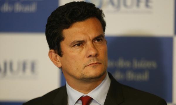 Juiz Sérgio Moro afirma que seu salário gira em torno de R$ 27 mil.