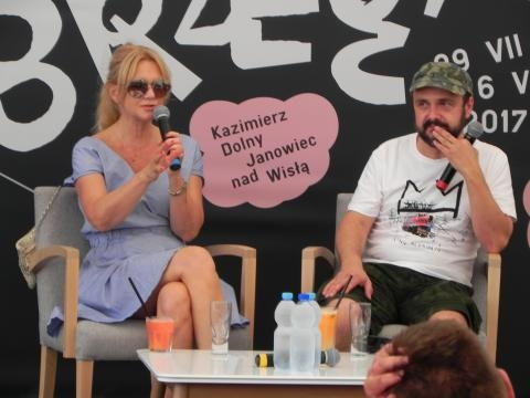 Grażyna Torbicka w rozmowie z Arkadiuszem Jakubikiem (fot. Krzysztof Krzak)
