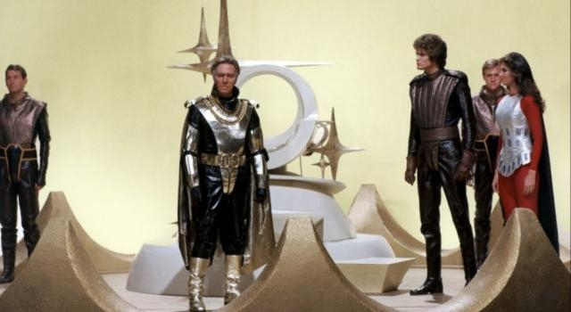 Only in the 70s: Starcrash (1979) – Surprisingly Competent Media - surprisinglycompetentmedia.com